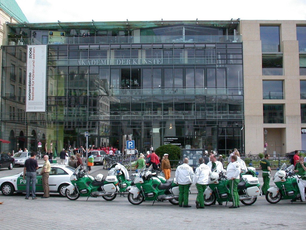BBC - World Cup 2006 - Studio Berlin TV Studio - Aussenansicht