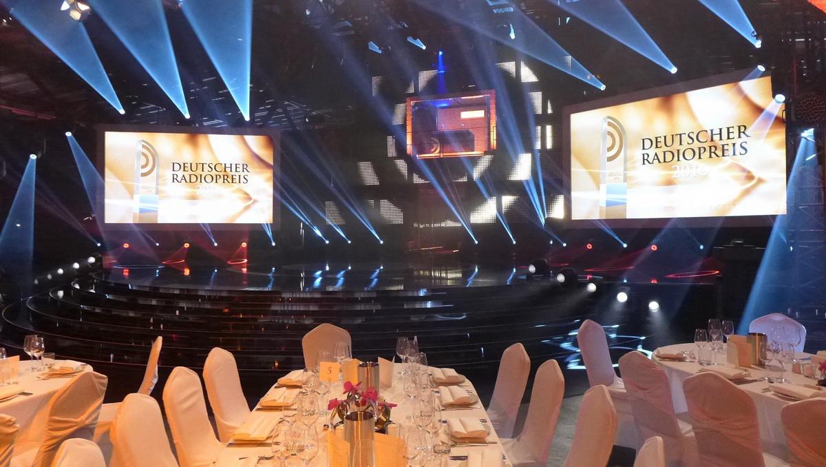 """Bühnenbild für den siebten """"Deutschen Radiopreis"""""""