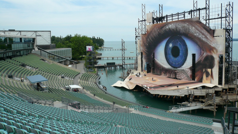 Seebühne Bregenz mit dem Tosca-Bühnenbild 2008