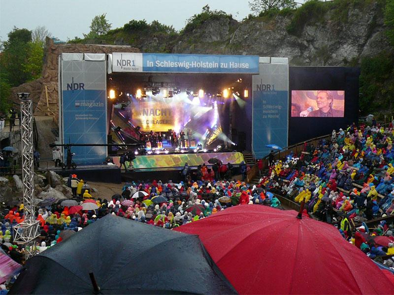 Die Kultnacht am Kalkberg 2007 mit viel Regen